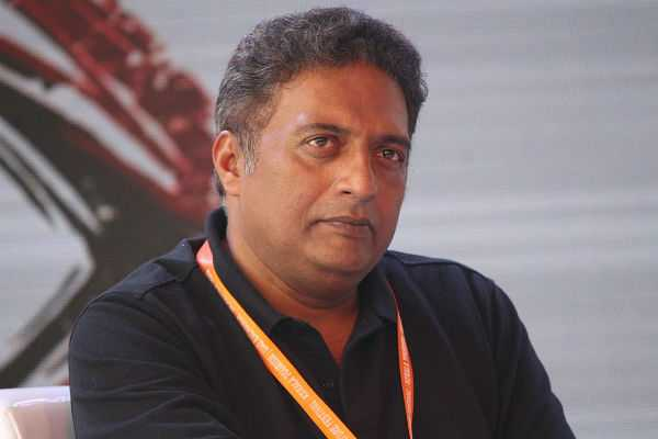 you-think-you-will-get-away-with-such-hate-politics-prakash-raj