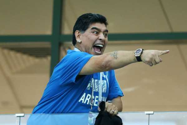 maradona-s-craziness-during-argentina-victory-due-to-white-wine