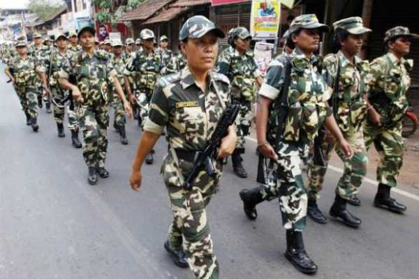 800-women-crpf-commandos-to-be-deployed-to-tackle-women-stone-pelters