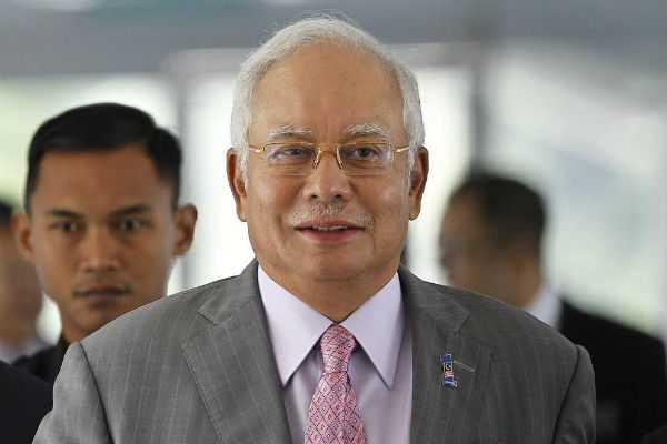 former-malaysian-pm-najib-razak-arrested-by-malaysia-s-anti-graft-agency