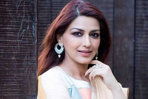 sonali-bendre-diagnosed-with-high-grade-cancer
