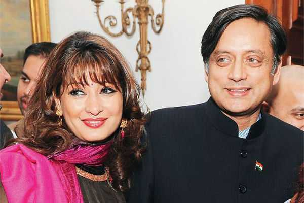 sashi-tharoor-granted-interim-bail-by-sc