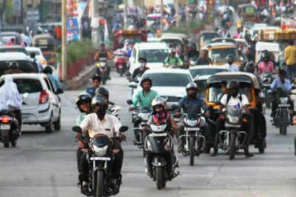 seat-belt-helmet-should-wear-compulsory-says-mhc