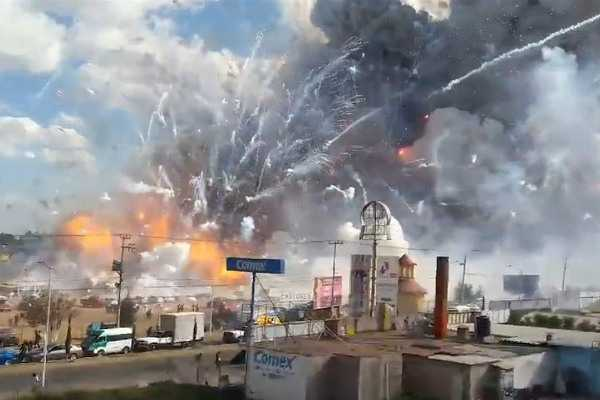 mexico-fireworks-factory-blast-police-firemen-among-19-killed