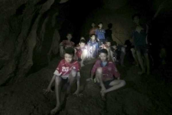 thailand-cave-rescue-ex-navy-diver-dies-on-oxygen-supply-mission