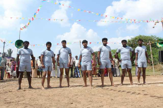 dhoni-kabadi-kuzhu-a-film-that-has-cricket-and-kabadi-as-heroes