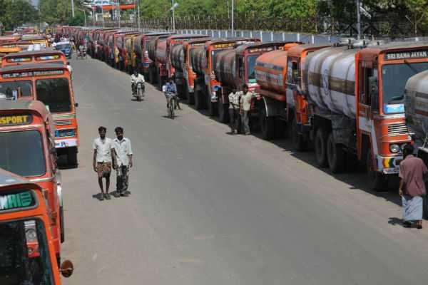 tanker-lorry-strike