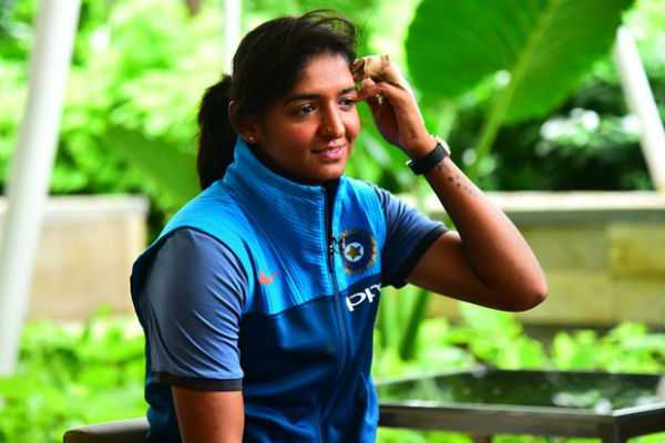 harmanpreet-loses-dsp-rank-over-fake-degree