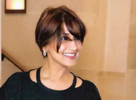 sonali-bendre-new-hairstyle-and-melting-message-to-fans