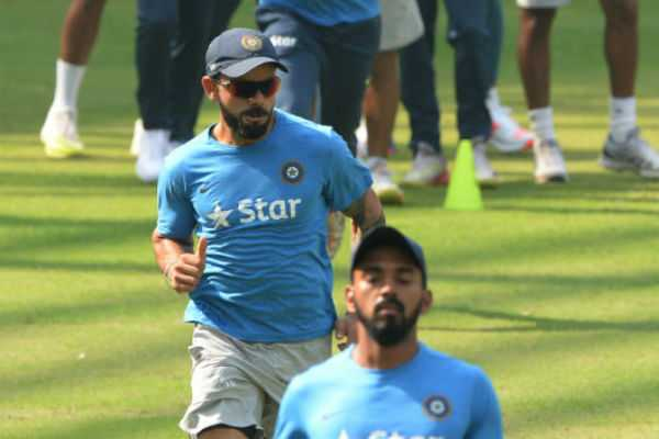 virat-or-rahul-rohit-sharma-answers-to-crucial-question