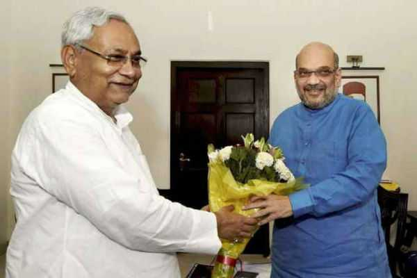 amit-shah-nitish-kumar-meet-over-breakfast-in-patna