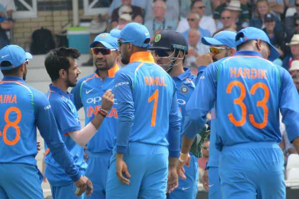 india-won-the-first-odi-against-england-by-8-wickets