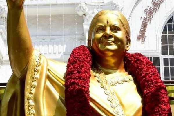 about-jayalalitha-statue