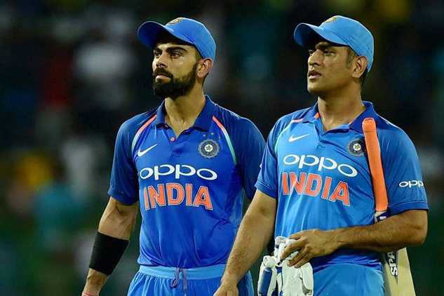 virat-kohli-feels-for-dhoni