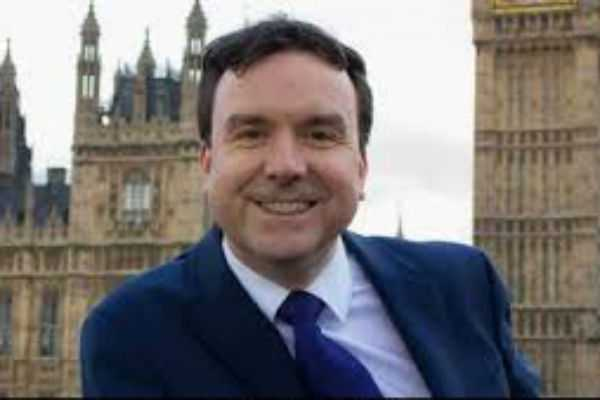 minister-andrew-griffiths-resigns-over-texts-to-women