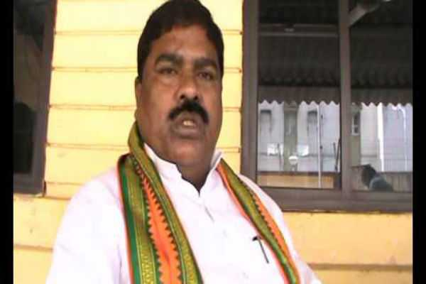 people-converting-religion-should-be-barred-from-govt-facilities-bjp-mp