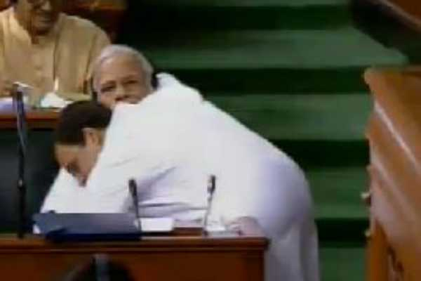 rahul-gandhi-hugs-pm-modi-in-parliament
