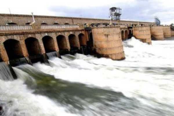 tn-farmers-receives-cauvery-water-from-mettur-dam