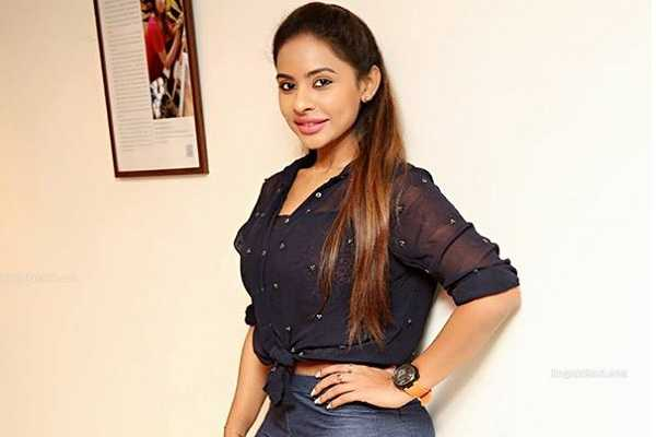 support-and-oppose-on-sri-reddy