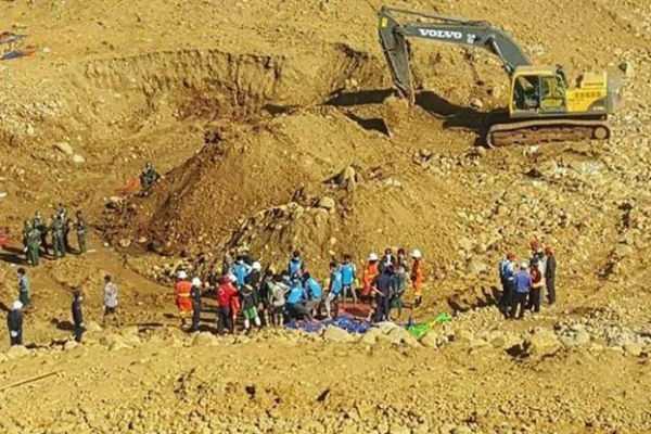 myanmar-tunnel-land-slide-27-dead