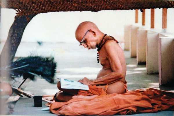 can-the-paneer-leaf-offer-be-throw-in-tiruchendur-kanji-mahan-s-explaination-for-the-kamaraj