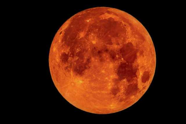 what-s-the-difference-between-a-blood-moon-a-super-moon-and-a-blue-moon