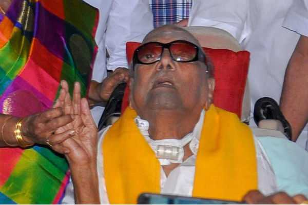 two-members-of-dmk-cadres-died