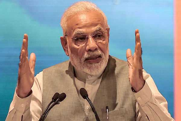 congress-hits-back-at-pm-modi-over-industrialists-remark