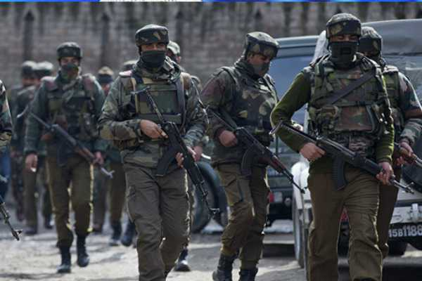 kashmir-3-crpf-soldiers-injured-in-grenade-attack