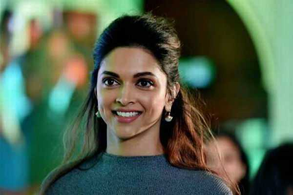 deepika-s-wax-figure-to-wear-the-most-costly-pant