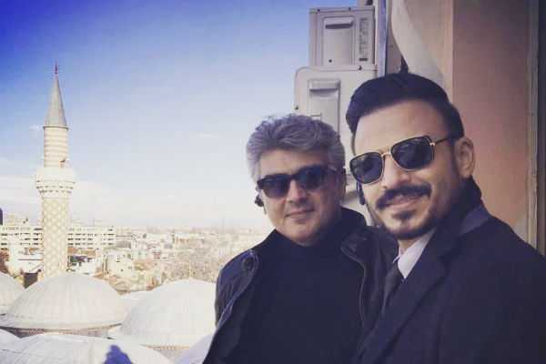 bollywood-actor-vivek-oberoi-wished-ajith-for-26-years-of-cinema-life