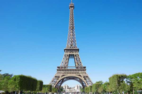 eiffel-tower-to-reopen-after-2-day-strike-over-long-queues