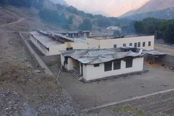 12-girls-schools-burnt-in-pakistan-s-chilas-town