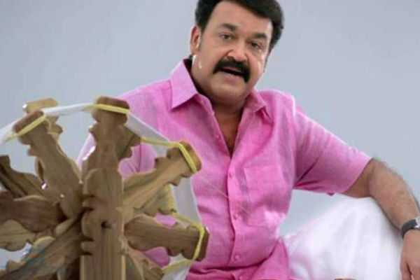kerala-khadi-board-issues-legal-notice-to-actor-mohanlal