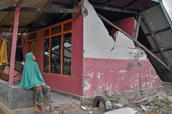 82-dead-after-powerful-earthquake-strikes