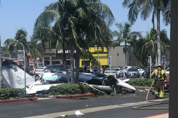 small-plane-crashes-into-parking-lot-killing-5-in-california
