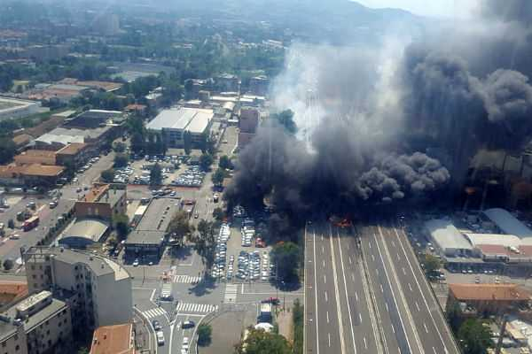 tanker-truck-explodes-on-highway-in-italy-killing-at-least-2-people
