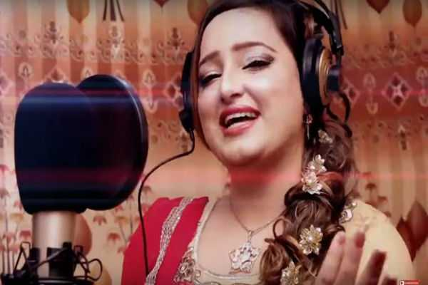 pakistani-actress-singer-reshma-shot-dead-allegedly-by-husband