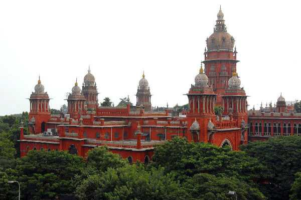 high-court-orders-election-commission-to-take-stand-on-admk-chief-secretary-post-case