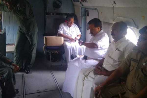 kerala-cm-other-leaders-survey-the-flooded-areas