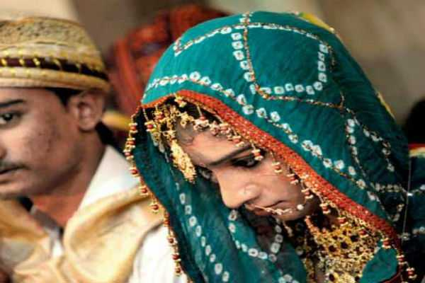 in-a-first-divorced-or-widowed-hindu-women-in-pakistan-s-sindh-allowed-to-remarry