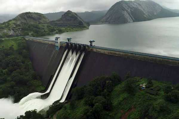 water-level-comes-down-in-idukki-dam