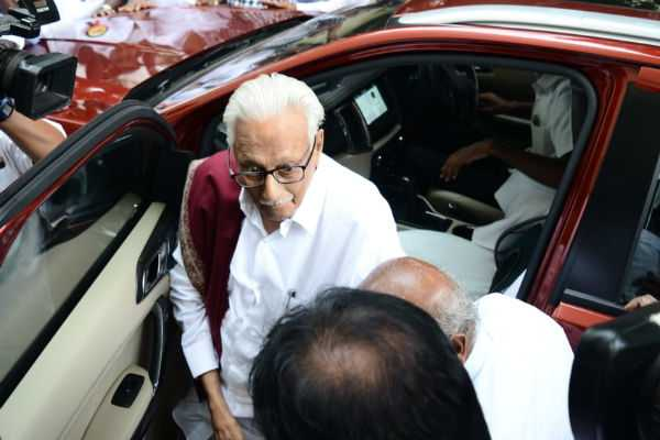 k-anbazhagan-refused-to-give-speech-in-dmk-meeting