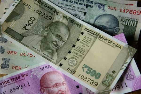 rupee-breaches-70-mark-against-us-dollar-for-first-time-ever