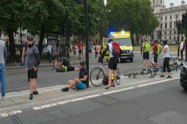 westminster-car-crash-man-arrested-on-suspicion-of-terror-offences