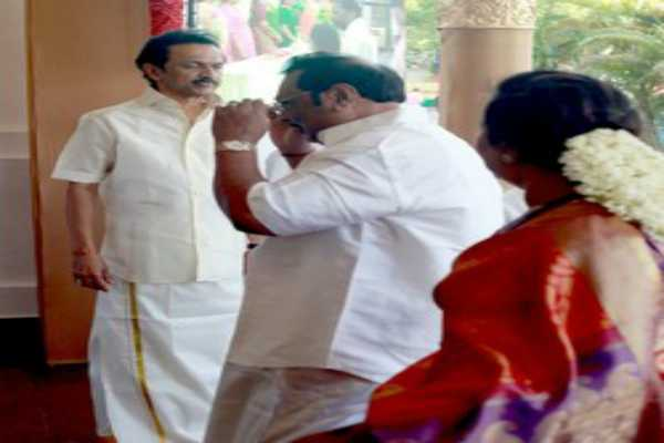 m-k-stalin-does-not-know-political-tricks-azhagiri-says