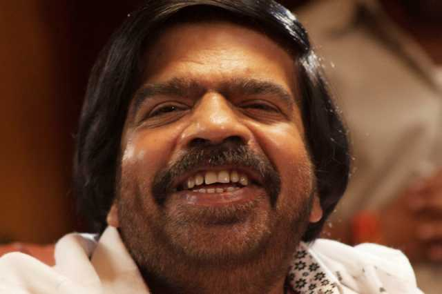 t-rajendar-joins-hands-with-kabilan-vairamuthu-for-song-against-alcoholism