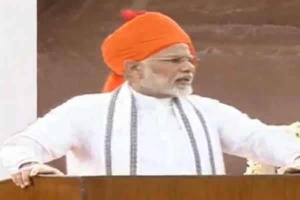 will-send-indian-to-space-by-2022-says-narendra-modi