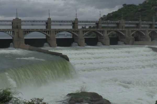 flood-warning-for-16-villages