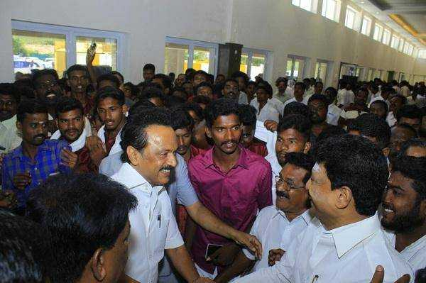 support-to-stalin-dhivakaran-filling-up-m-k-azhagiri-place